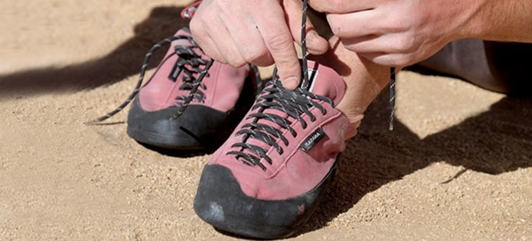 How To Fit Rock Climbing Shoes